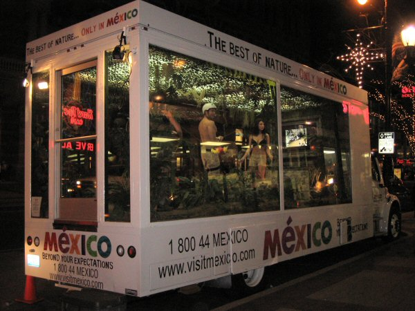 Visit Mexico Promobus